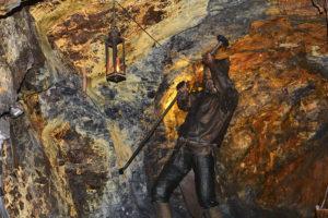 Bergarbeiter in den Saalfelder Feengrotten