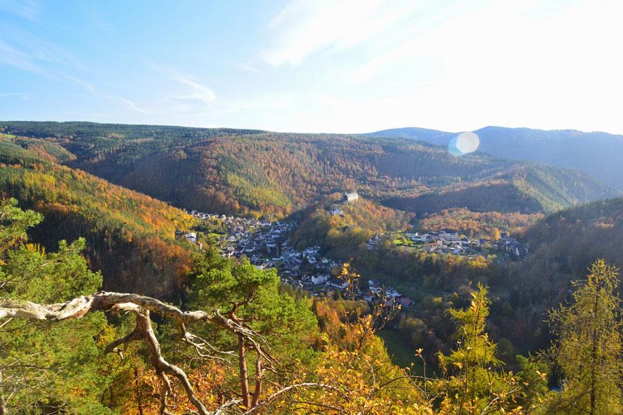 Schöner Blick auf Schwarzburg ein empfohlenes Ausflugsziel vom Hotel Thüringer Hof Rudolstadt