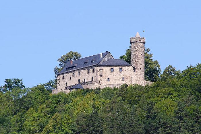 Burg Greifenstein - auf dem Hausberg gelegen