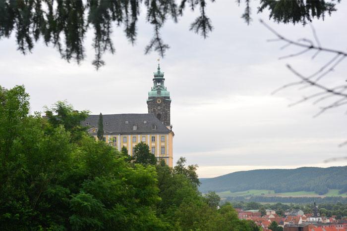 Schloss Heidecksburg mit Blick über Rudolstadt