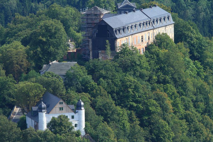 Schöner Panorama Blick über das Schwarzatal ein Ausflugstipp vom Hotel Thüringer Hof in Rudolstadt