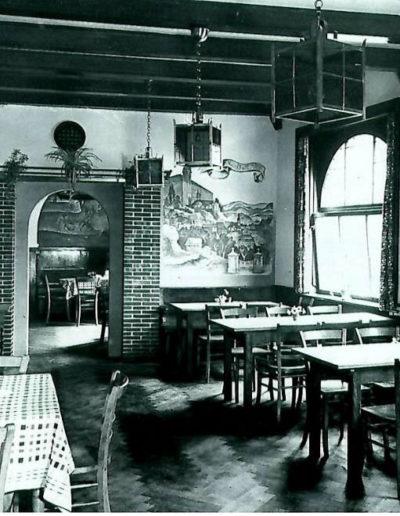 Der Gastraum 1930